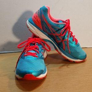 Asics Gel Cumulus 18 Running / Training Sneakers